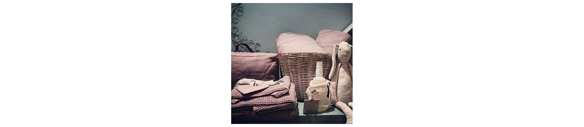 cadeau naissance b b fille original achat vente 4. Black Bedroom Furniture Sets. Home Design Ideas