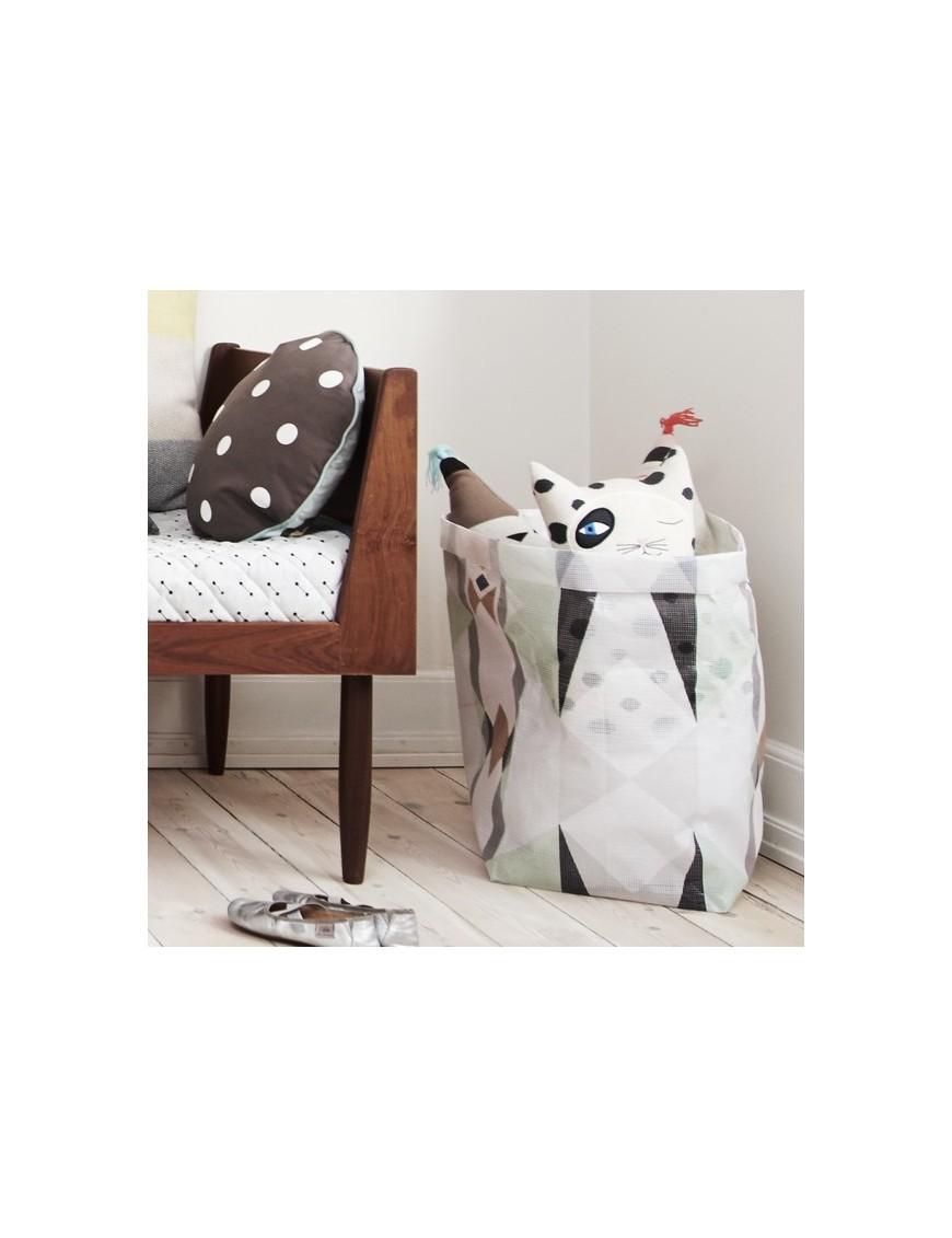 Large HOKUSPOKUS Triangle Bag by Oyoy