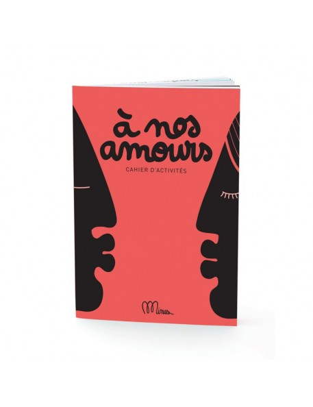 "Small Activity Book ""à nos amours"" Minus"