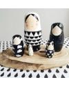 poupées russes noir et blanc becky of sketch inc