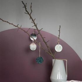 Ferm Living ceramic ornament - green