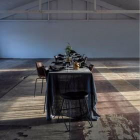Nappe en lin lavé : noir - Byon / On Interior