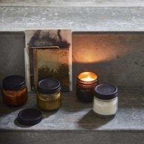 "glass soy candle ""woody amber"" - HK Living"