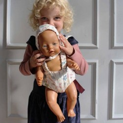 """Porte-bébé pour poupée, """"Leaves"""" - CamCam Copenhagen"""