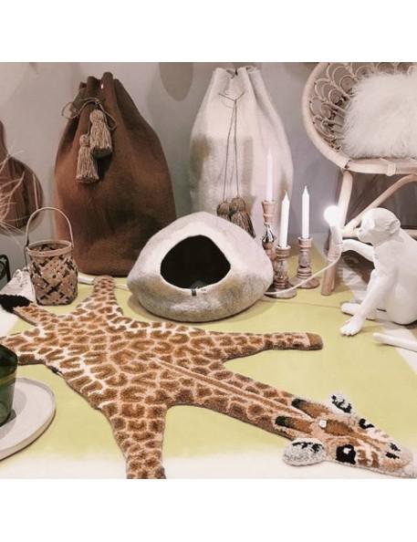 Giraffe rug, Doing Goods - small