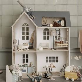 Maileg dollhouse