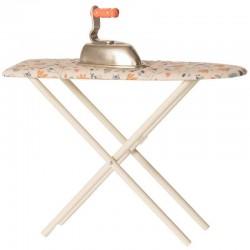 Maileg - fer et table à repasser miniature