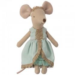 Petite poupée souris en tissus vêtue d'une robe de princesse bleue claire et d'une couronne dorée H13cm