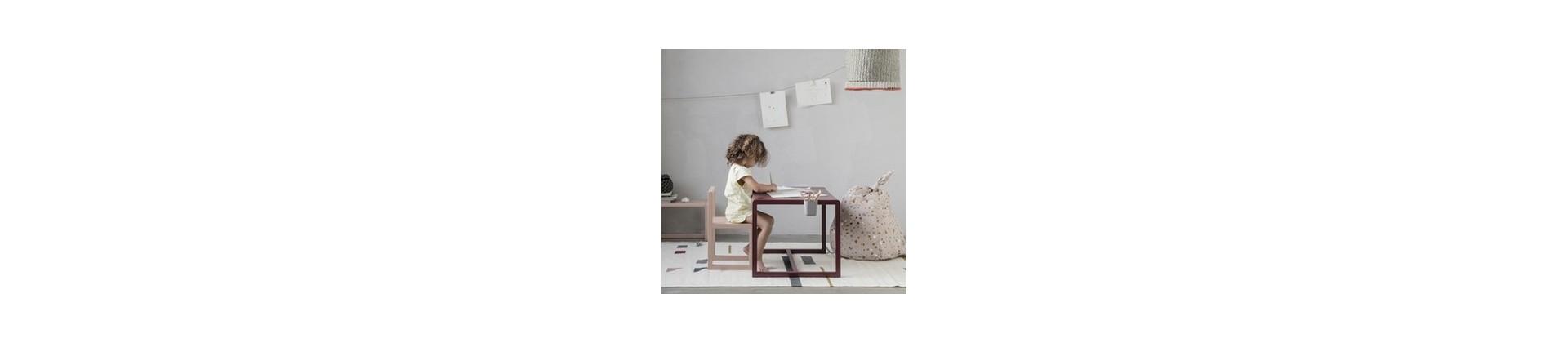 Bureaux enfants : bureaux design & tables bébés pour chambre d'enfant
