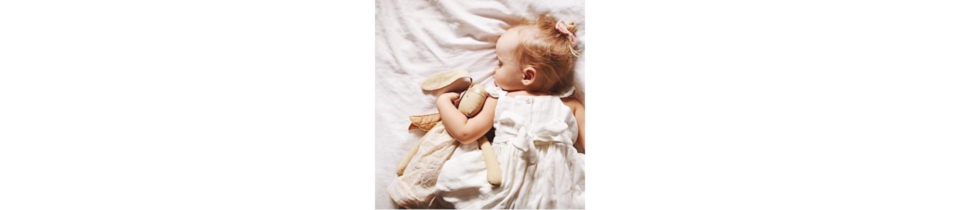 Cadeaux bébé fille - les meilleures idées cadeaux à offrir